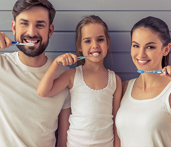 Dr. Sanda Moldiovan Explains Why Toothbrushes Should Never be Shared!